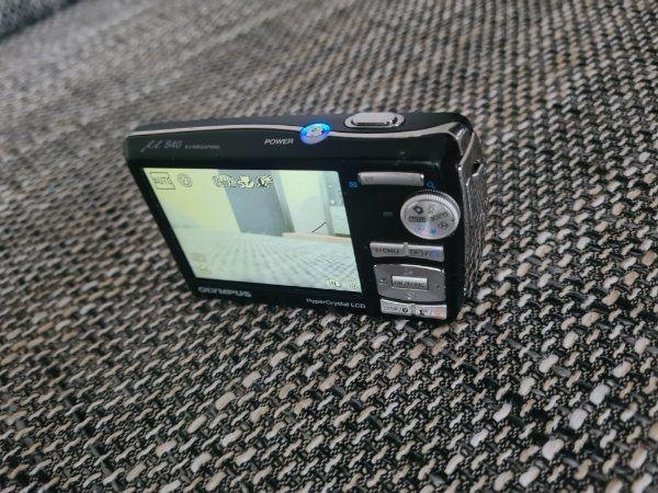 ältere Olympus Digitalkamera 8MP