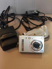 Kamera mit Ladestation