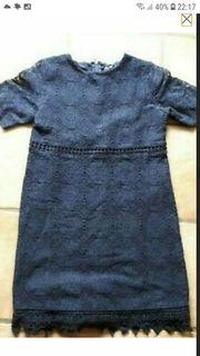 Kleid Gr 146