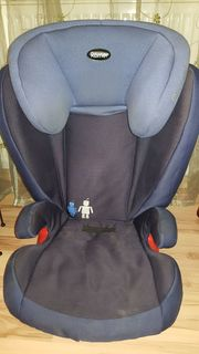 Römer Kidfix Kinder Autositz dunkelblau