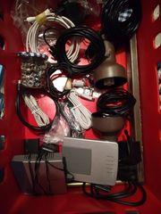 Verschiedene Kabel eine Wanne voll