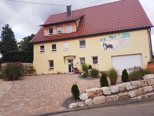 Aufwenig modernisiertes Bauerhaus mit oder
