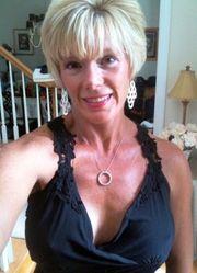 blonde 59jährige sucht flotten Partner
