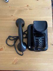 Altes Telefon mit Trommelwähler