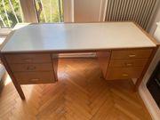 Schreibtisch aus richtiges Holz