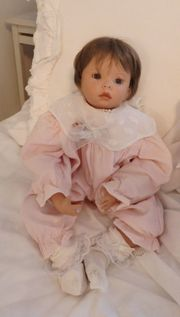 KÃŒnstler Bisquit Puppe Baby filigrane