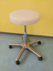Rollhocker Stuhl weiß