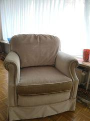 2 Sessel m Rollen creme