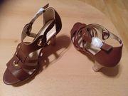 Neue Schuhe schicke Sandalen