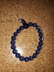 Perlenkette blau