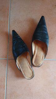 Damenschuh - schwarz - Slipper - Größe 37