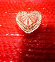 Kristall HERZ und kleine Platte