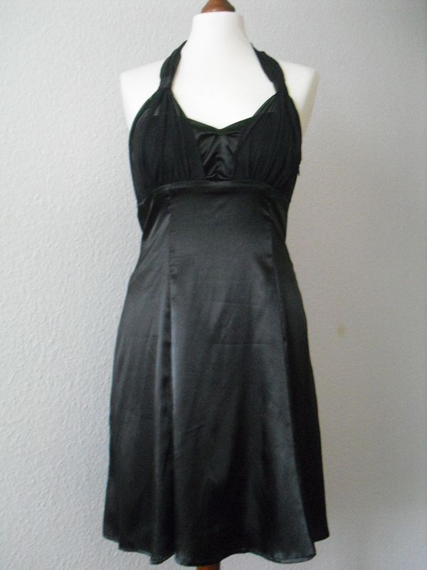 Neues schwarzes Kleid Gr 36