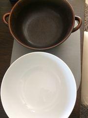 braune Porzellanschüssel flache tiefe Teller