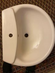 Waschbecken Ideal Standard mit Schürze