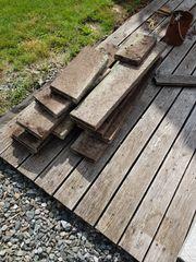 Rasenkanten aus Stein zu verschenken