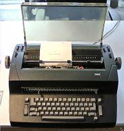 IBM elektrische Kugelkopf Schreibmaschine mit