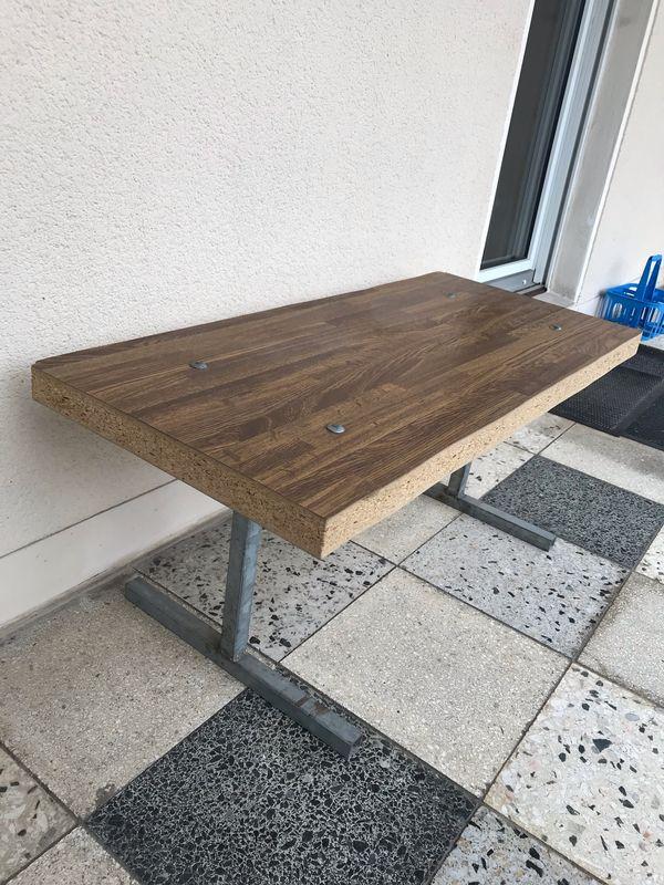 Kleine Sitzbank Gartenbank