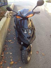 Roller Suzuki AY 50