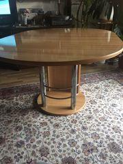 Tisch rund ausgezogen oval
