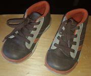 Braune Schuhe Gr 28