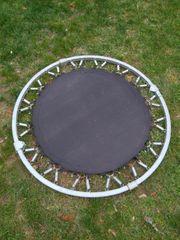 Kleines Trampolin Kinder Sport Garten