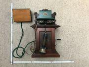 Alte Telefone - Tischstation Friedr Reiner