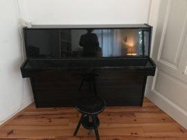 Klavier im Südviertel zu verkaufen: Kleinanzeigen aus Marburg Innenstadt - Rubrik Tasteninstrumente