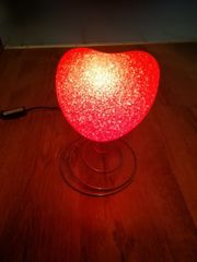 Herzlampe Lampe rot Tischlampe