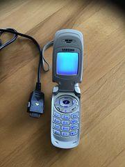 Handy SAMSUNG SGH-A800 silber