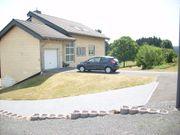 1-3 Familienhaus mit großem Grundstück
