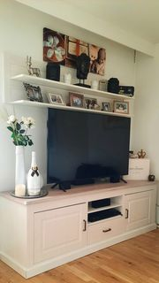 TV Lowboard mit Regalen