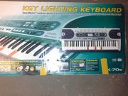 Keyboard Casio LK -70s