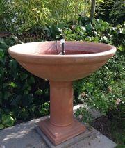 Springbrunnen italienisches Terracotta