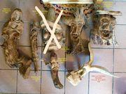 Geschnitzte Figuren Holzschnitzereien Madonna-Adler-Köpfe