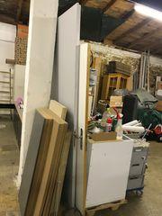 Verschenke Türe ohne Rahmen