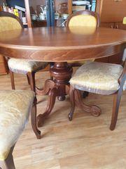 Italienischer Esszimmertisch aus Nuss Holz