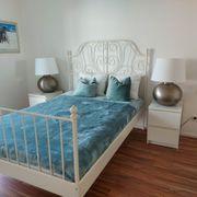 Schlafzimmerbett mit Matratze Lattenrost und