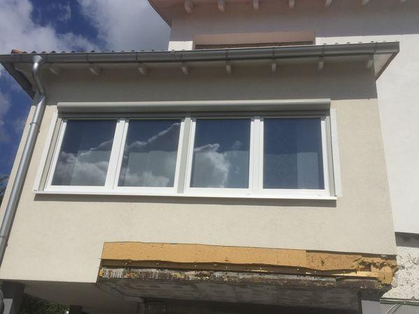 Fenster mit elektr Rolladen 400