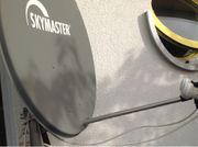 Satellitenschüssel für SAT-TV Receiver mit