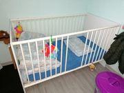Gitterbett Kinderbett Babybett weiß 140x75