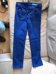 Hose in Blau Jeans zu