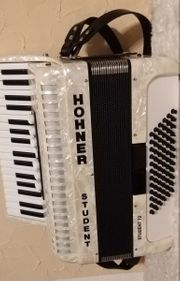 Akkordeon Hohner Student 72 in