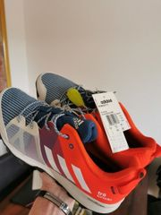 Sneaker Adidas Kanadia tr8