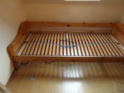 Bett und Kleiderschrank zu verschenken