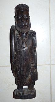 Sehr schöne massive afrikanische Figur