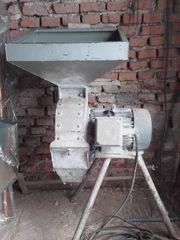 Kartoffelwaage Schrotmühle Bodenfräse Krauthobel Butter