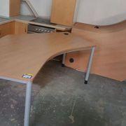 Schreibtisch 215x105 9 mal vorhanden -
