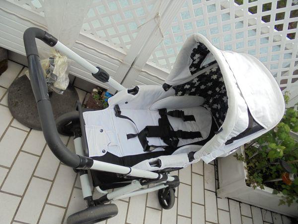 Kinderwagen ABC-Desig n mit Babytragetasche