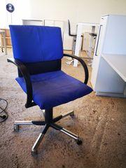 Vitra Bürodrehstuhl Figura in blau